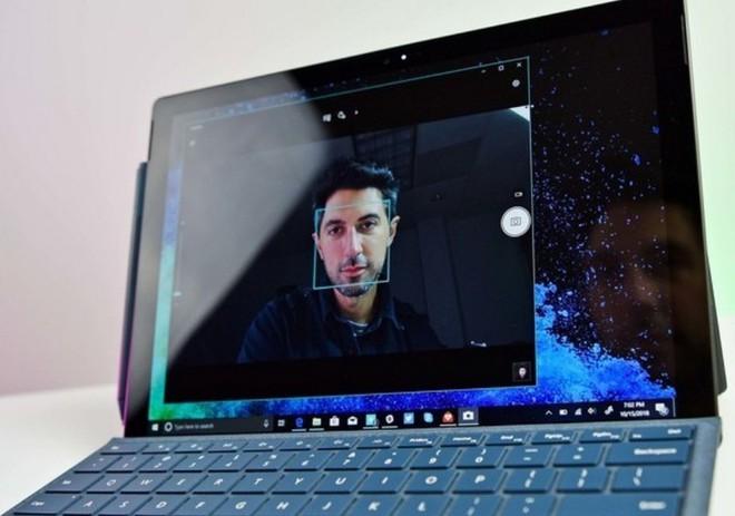 Surface không cần tấm che camera vì giải pháp chống nhìn trộm từ Microsoft - Ảnh 1.