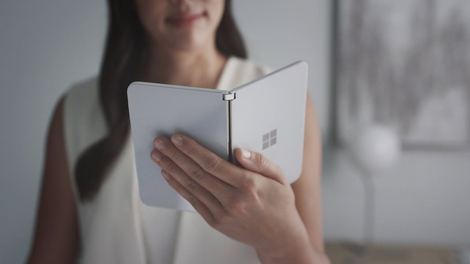 Surface Duo sẽ được trang bị vi xử lý Snapdragon 855, RAM 6GB, và màn hình AMOLED - Ảnh 1.