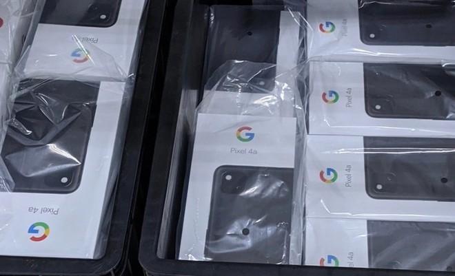 Hình ảnh vỏ hộp, thân máy Pixel 4a bất ngờ xuất hiện tại Việt Nam, càng thêm khẳng định Google đã chuyển dây chuyền về đây - Ảnh 1.