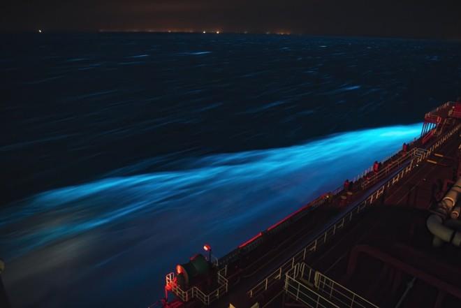 Theo đuổi đam mê chụp ảnh thiên văn trên tàu chở hàng giữa biển khơi bao la - Ảnh 2.