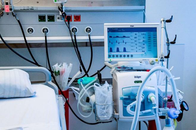 """Giữa tình hình đại dịch căng thẳng, công ty sản xuất máy thở bị kiện bởi """"patent troll"""" - Ảnh 2."""