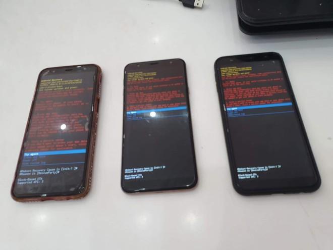 Hàng loạt người dùng Galaxy J tại Việt Nam gặp lỗi phần mềm nghiêm trọng chỉ sau một đêm, rất may đã có cách khắc phục tạm thời - Ảnh 2.