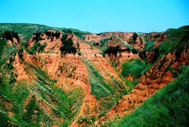Phát hiện về sự tồn tại của người cổ đại bên ngoài Châu Phi đã đến Trung Quốc 2.1 triệu năm trước - Ảnh 2.