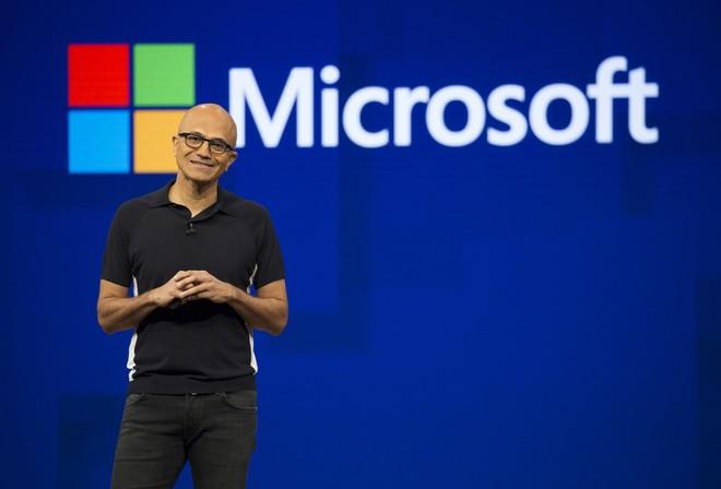Đạt được thành tựu chuyển đổi số của 2 năm chỉ sau 2 tháng, cổ phiếu Microsoft tăng trưởng bùng nổ - Ảnh 1.