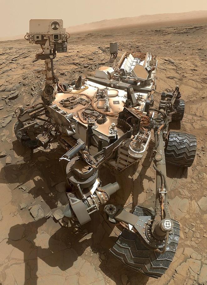 Tấm ảnh selfie của Curiosity gửi về từ Sao Hỏa.