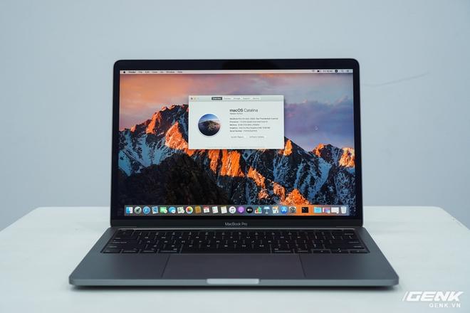 Cận cảnh MacBook Pro 13 2020 tại Việt Nam: Bàn phím Magic Keyboard mới, chưa có Intel Core i thế hệ 10, kích thước tương đương bản 2019, giá còn khá cao - Ảnh 10.