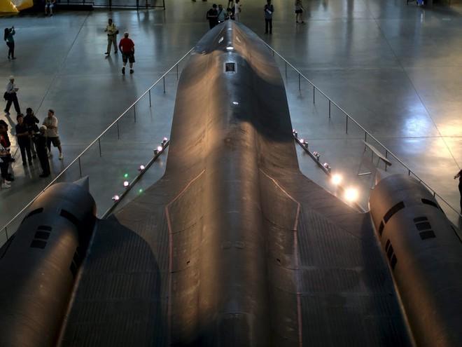 SR-71 Blackbird, chiếc máy bay yêu thích của Elon Musk và Grimes, có gì đặc biệt? - Ảnh 14.