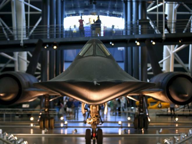SR-71 Blackbird, chiếc máy bay yêu thích của Elon Musk và Grimes, có gì đặc biệt? - Ảnh 10.