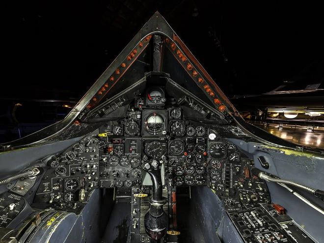 SR-71 Blackbird, chiếc máy bay yêu thích của Elon Musk và Grimes, có gì đặc biệt? - Ảnh 7.