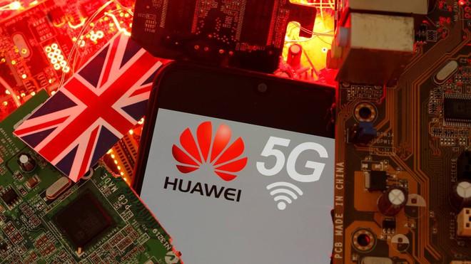 Khó càng thêm khó cho Huawei khi chuỗi cung ứng chip e ngại chuyển nhà máy về Trung Quốc - Ảnh 1.