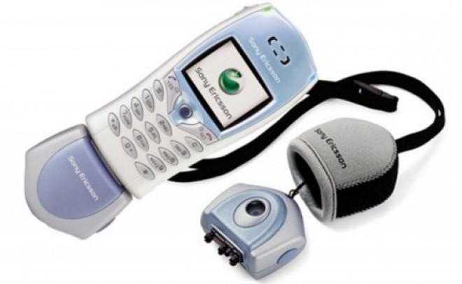 Nhìn lại (Sony) Ericsson T68: chiếc điện thoại mang nhiều bước tiên phong, với camera gắn ngoài độc đáo và cũng đánh dấu sự rút lui khỏi thị trường di động của Ericsson - Ảnh 2.