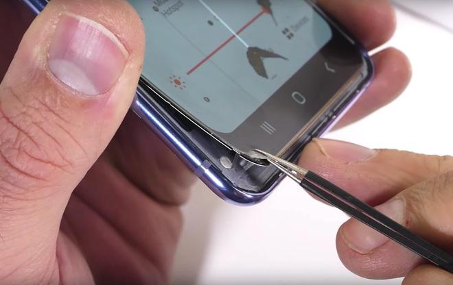 Lịch sử lặp lại: Galaxy Fold 2 có thể sẽ bị lùi ngày bán chính thức sau khi được ra mắt vào ngày 5/8 tới - Ảnh 2.