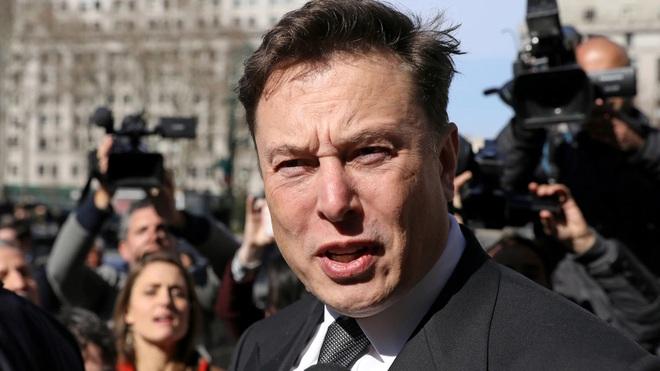 Elon Musk - Vị tỷ phú ngập trong nợ nần - Ảnh 2.