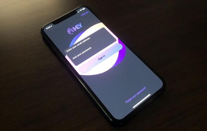 Một ứng dụng email bé nhỏ bị Apple giết chết vì dám không nộp phí bảo kê 30%, làm dấy lên làn sóng phản đối gay gắt - Ảnh 1.