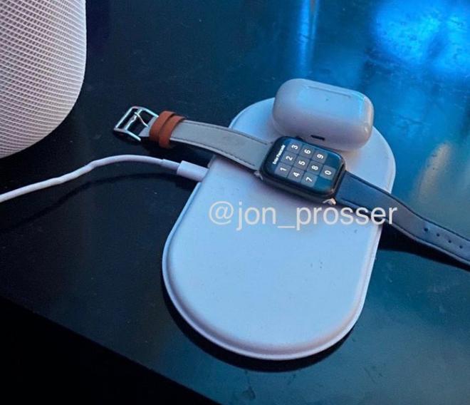 Khắc phục được vấn đề quá nhiệt, Apple sắp hồi sinh đế sạc AirPower? - Ảnh 1.