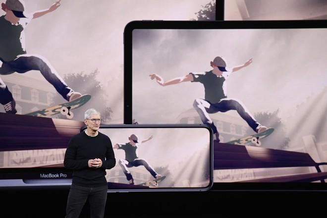 Apple chơi xấu Facebook, vì đơn giản là không muốn cạnh tranh công bằng - Ảnh 1.