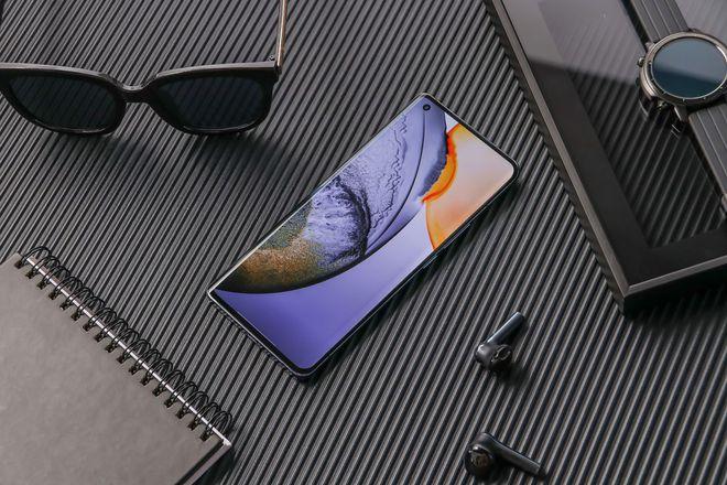 Vivo ra mắt X50 series: Smartphone flagship 5G mỏng nhất thế giới, camera thiết kế chống rung giống gimbal, giá từ 490 USD - Ảnh 2.