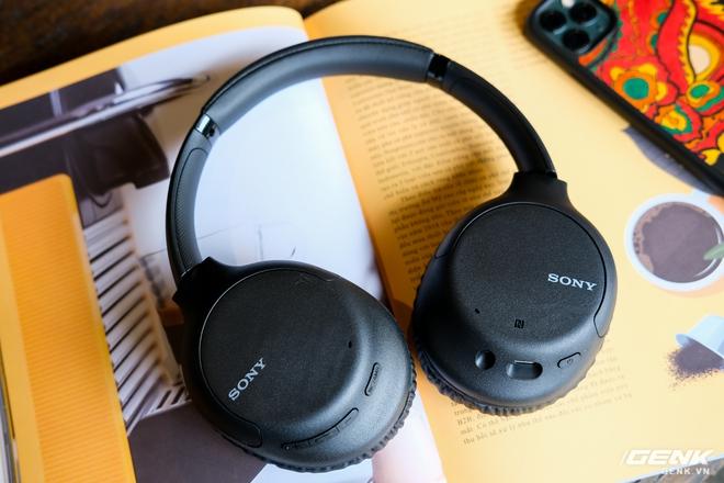 Cận cảnh bộ đôi tai nghe không dây mới của Sony: Một in-ear, một over-ear, mức giá dễ tiếp cận - Ảnh 2.
