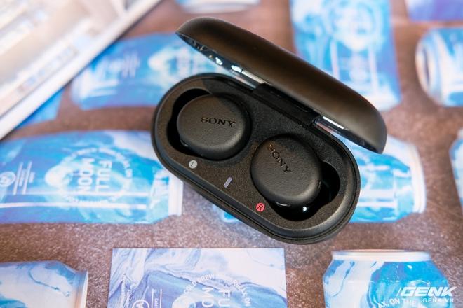 Cận cảnh bộ đôi tai nghe không dây mới của Sony: Một in-ear, một over-ear, mức giá dễ tiếp cận - Ảnh 11.