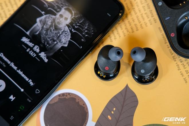 Cận cảnh bộ đôi tai nghe không dây mới của Sony: Một in-ear, một over-ear, mức giá dễ tiếp cận - Ảnh 15.