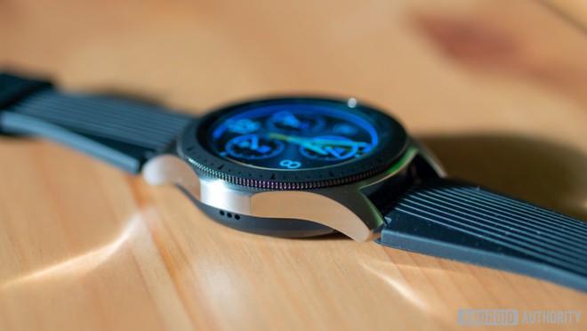 Samsung Galaxy Watch 3 lộ hình ảnh thiết kế chi tiết và rõ nét nhất - Ảnh 1.