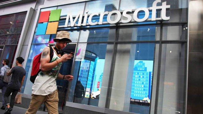 Microsoft đóng cửa toàn bộ cửa hàng bán lẻ, tập trung bán qua mạng - Ảnh 1.