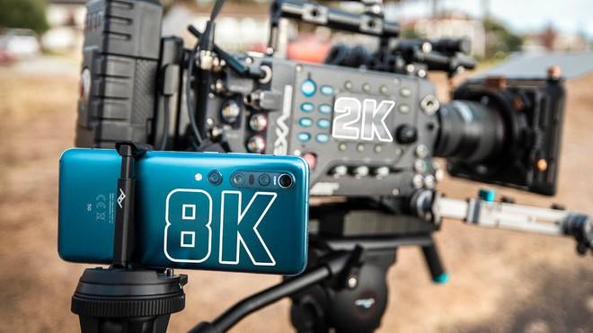 Camera chiến: So sánh smartphone quay video 8K với máy quay phim Hollywood chuyên nghiệp 10 năm tuổi - Ảnh 1.