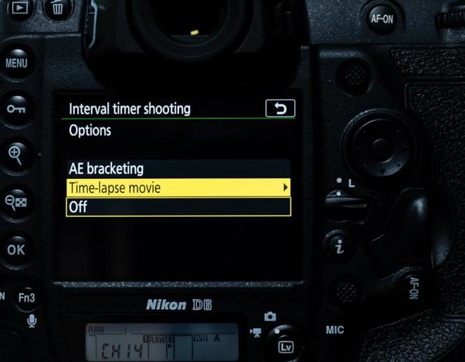 Trên tay máy ảnh cao cấp Nikon D6: Có cả khóa chống trộm Kensington giống như laptop - Ảnh 6.