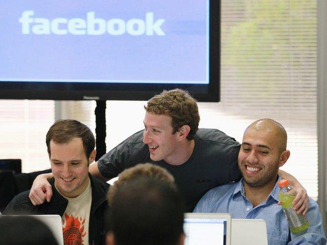 9 sự thật cho thấy CEO Mark Zuckerberg giàu cỡ nào - Ảnh 2.