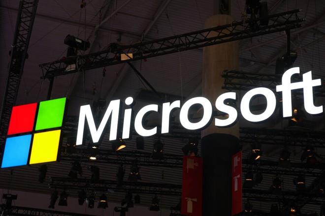 Microsoft dừng tất cả các quảng cáo trên Facebook và Instagram - Ảnh 1.