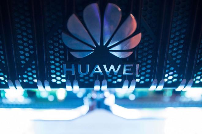 Huawei bị đặt trong tình trạng khẩn cấp: Linh kiện trong kho sắp hết, ban giám đốc không tìm được bất kỳ giải pháp nào, tương lai có thể sụp đổ hoàn toàn - Ảnh 1.