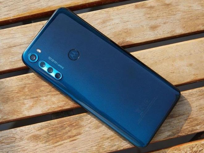 Motorola quay trở lại với One Fusion+: Camera selfie thò thụt, Snapdragon 730, pin 5000mAh, giá 7.9 triệu đồng - Ảnh 2.