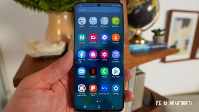 Samsung có thể chèn quảng cáo vào màn hình khóa smartphone, đợi 15 giây mới mở màn hình - Ảnh 1.