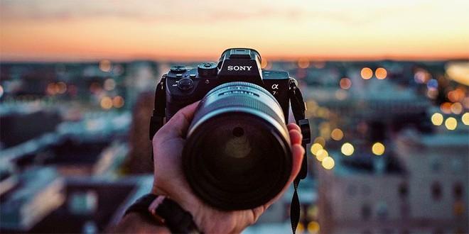 Quyết định khó tin nhất lịch sử Sony: không bán cảm biến camera nữa mà chuyển sang thu phí định kỳ với người dùng smartphone - Ảnh 2.
