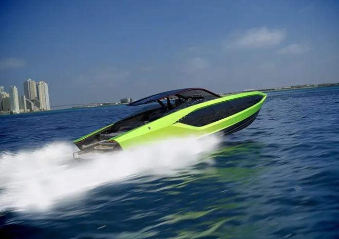 Lamborghini thiết kế du thuyền trông như siêu xe, giá 3,4 triệu USD - Ảnh 21.