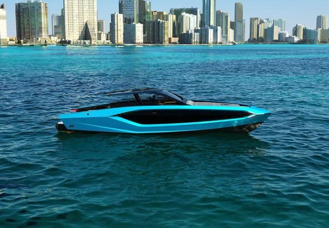 Lamborghini thiết kế du thuyền trông như siêu xe, giá 3,4 triệu USD - Ảnh 3.