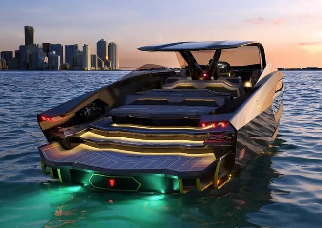 Lamborghini thiết kế du thuyền trông như siêu xe, giá 3,4 triệu USD - Ảnh 2.