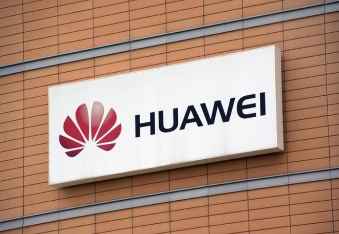 Huawei có thể vượt Samsung trở thành nhà sản xuất smartphone lớn nhất thế giới trong Q2/2020? - Ảnh 1.