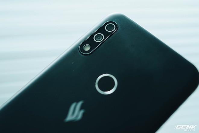 Trên tay Vsmart Star 4: Chiếc điện thoại có thể gây bối rối từ VinSmart - Ảnh 8.