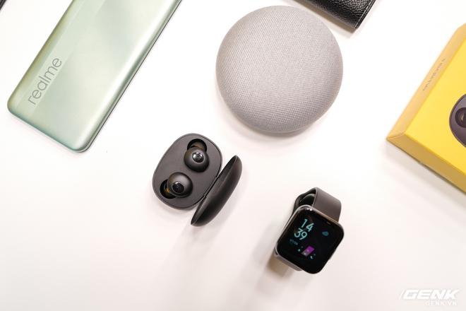 Realme mở rộng hệ sinh thái sản phẩm tại Việt Nam, ra mắt cùng lúc điện thoại, tai nghe và đồng hồ thông minh - Ảnh 10.