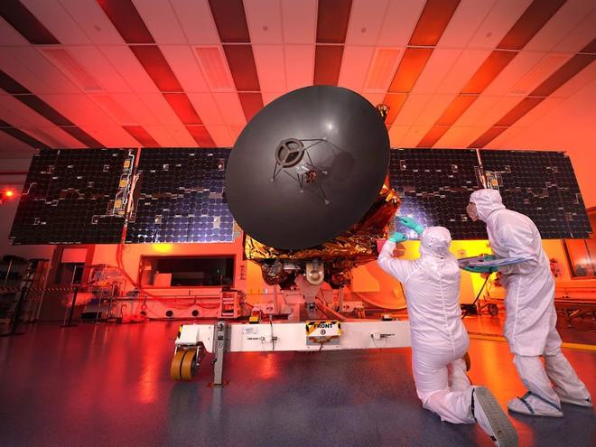 UAE chuẩn bị phóng vệ tinh thăm dò Sao Hỏa đầu tiên của họ, sẽ livestream trực tiếp trên YouTube - Ảnh 1.