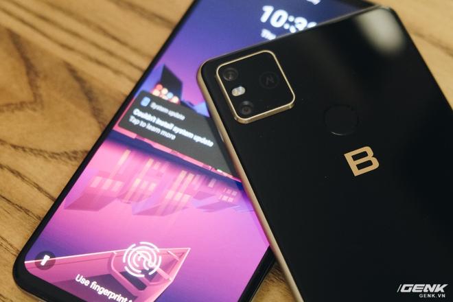 So sánh Bphone B86 và Vsmart Live: Cùng chip Snapdragon 675 nhưng Bphone đắt gấp 2.5 lần, liệu có đáng số tiền bỏ ra? - Ảnh 14.