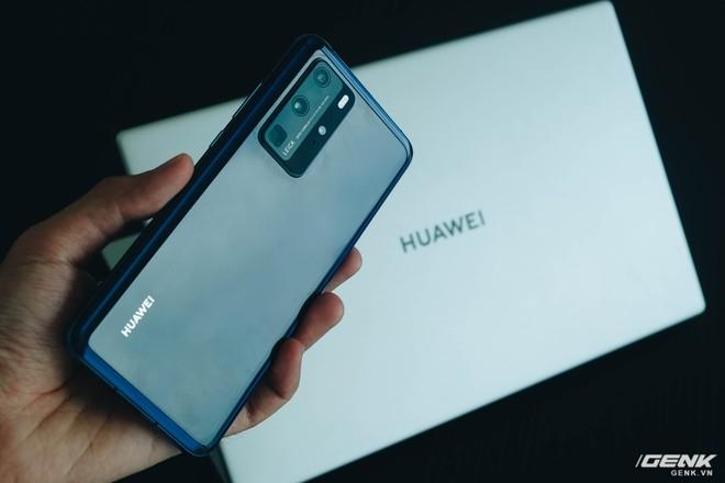 Trên tay Huawei MateBook D15: Khi không thể bán điện thoại, tại sao không chuyển sang bán laptop? - Ảnh 19.