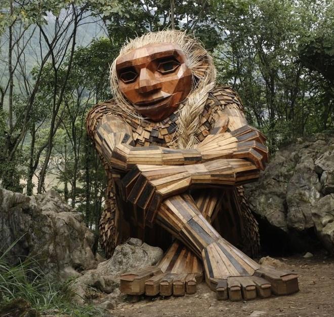 Cùng là những bức tượng khổng lồ nhưng khu vui chơi ở Đà Lạt bị chê tơi tả, công viên này lại khiến thế giới phải lác mắt vì quá nghệ - Ảnh 18.