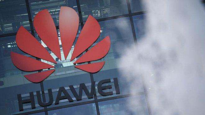Anh tuyên bố loại Huawei khỏi mạng 5G - Ảnh 1.