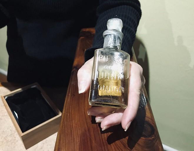 Chai nước hoa bí ẩn nhất thế kỉ