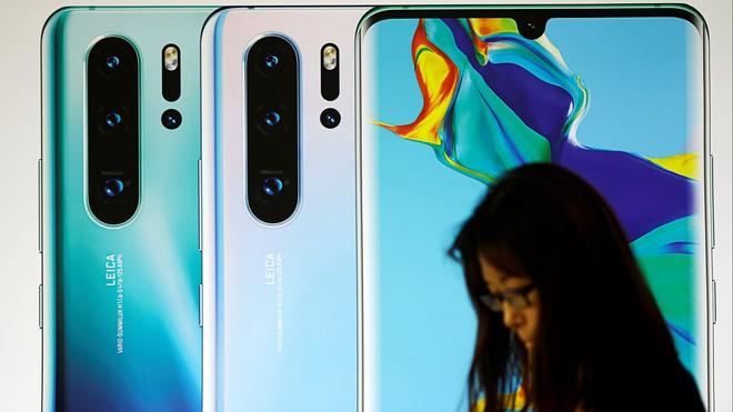 Lệnh cấm mới nhằm vào Huawei của Mỹ khiến hơn 800 công ty công nghệ Nhật Bản lao đao - Ảnh 1.