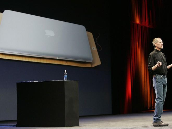 Chiếc MacBook Air phong bì và vì sao Intel có thể để mất một phần lớn thị trường PC vào tay ARM - Ảnh 1.