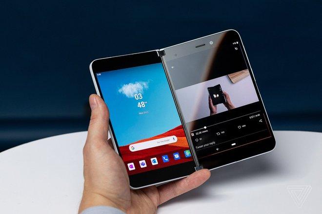 Surface Duo sẽ có khả năng chụp ảnh selfie thiếu sáng ấn tượng - Ảnh 2.