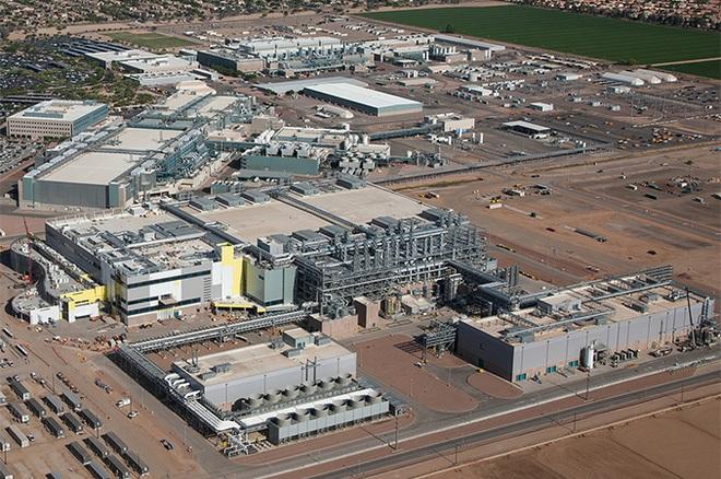 Tiến trình 7nm lại bị hoãn, Intel cân nhắc thuê ngoài sản xuất chip - Ảnh 2.